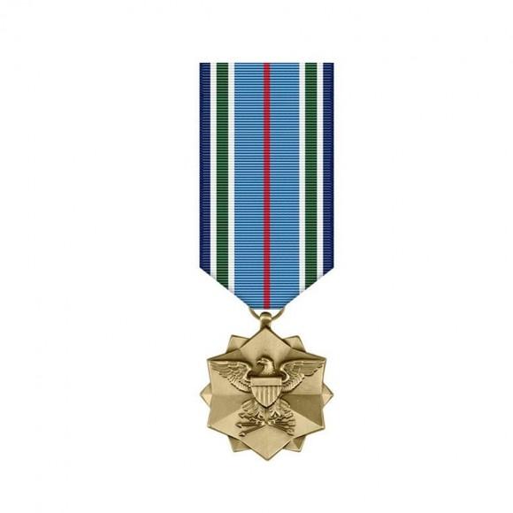 """Медаль Объединенного командования """"За достижения"""""""