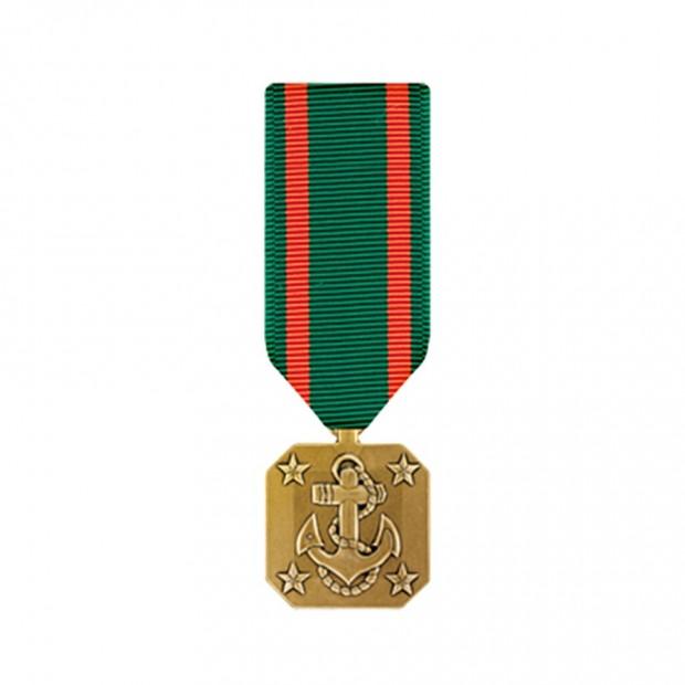 """Медаль ВМФ и Корпуса морской пехоты США """"За достижения"""""""
