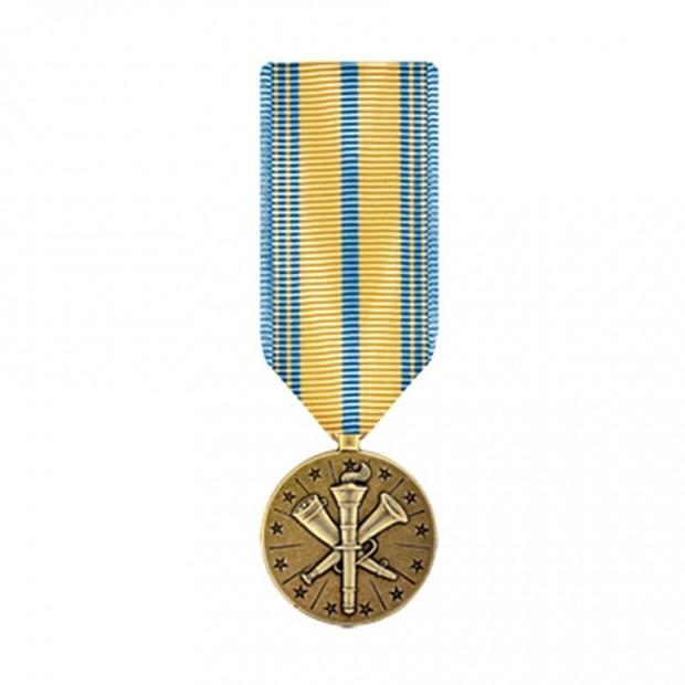 """Медаль """"За службу в резерві збройних сил"""" США"""